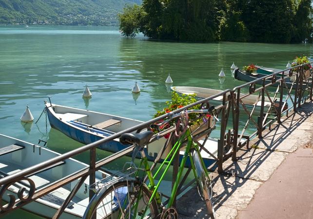 Location de vélos à Annecy - 8h - Annecy -