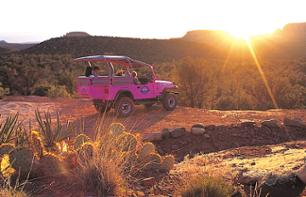 Off-road vehicle excursion at the heart of Coyote Canyon - Leaving from Sedona