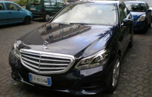 Visit Naples by private vehicle at your own leisure - a day leaving from Naples