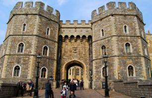Excursion to Windsor, Stonehenge, Salisbury and Bath with Christmas Lunch Included - Leaving from London