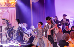 "Special Carnival Dinner and Show - Cabaret ""Avanspettacolo"" in Venice"