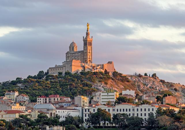 Transfert privé DEPUIS Avignon VERS Aix, Marseille et Nice (soirée et dimanche) - Avignon -