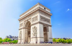 Guided Tour of Paris in a Minibus, Lunch at the Eiffel Tower and Audio-Guided Tour of the Palace of Versailles