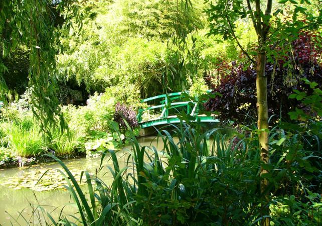 Tours en minibus visite de la maison et des jardins de for Au jardin des saules