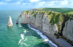 D-Day Tour: Caen Memorial, Normandy Landing Beaches, St Laurent Cemetery, Arromanches – Hotel pick-up/drop-off