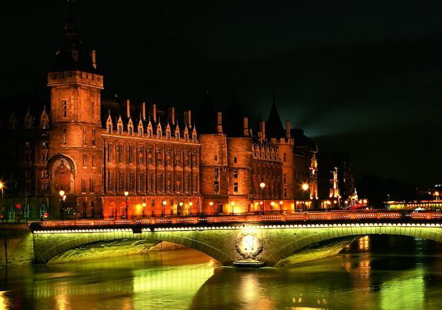 Ver la ciudad,City tours,Visitas en autobús,Bus tours,Crucero por el Sena,Con un tour