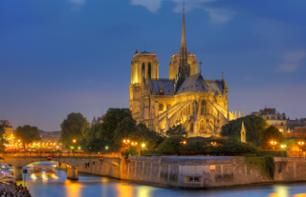 Paris Illuminations Tour by Minibus + Seine River Cruise – Hotel pick-up/drop-off, 8:30pm start