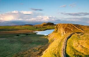 Day Trip to Hadrian's Wall and the Border of the Roman Empire - Small Group - Depart from Edinburgh