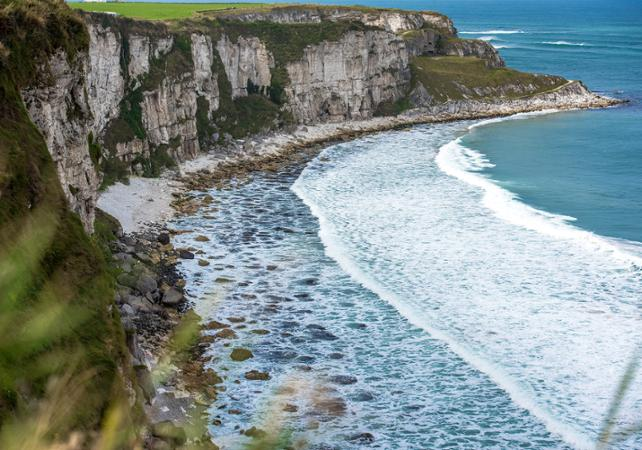 Excursion d'une journée en train à la Chaussée des Géants et sur la côte sauvage irlandaise - au départ de Dublin image 5