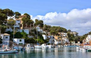 Guided Boat Tour of Mallorca's Southeast Coast