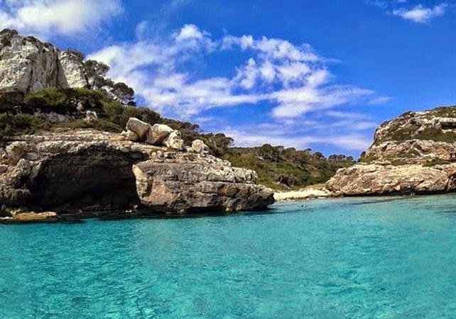 Tour guidé en bateau jusqu'à la plage déserte d'Es Marmols à Majorque - Palma de Majorque -