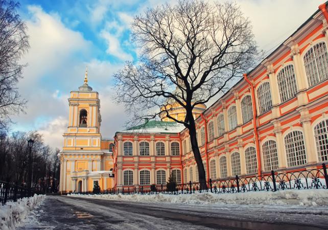 Visite guidée du monastère Alexander Nevsky Lavra - Départ/retour hôtel - Saint Petersbourg -