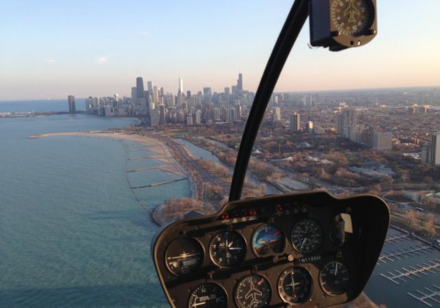 Vol en hélicoptère au dessus des buildings de Chicago - Chicago - Ceetiz