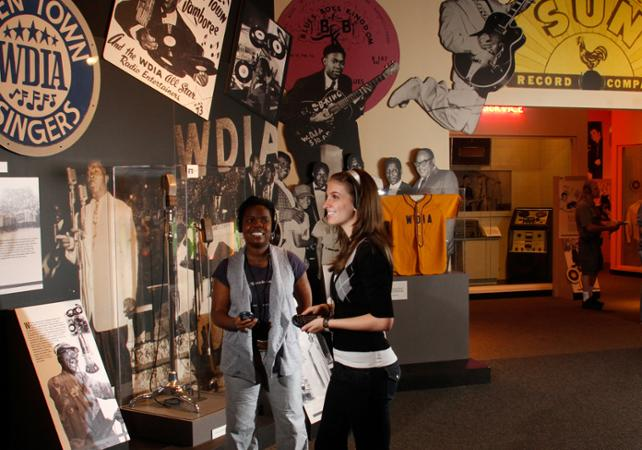 Foyer Museum Tickets : Memphis rock 'n soul museum tickets hall of