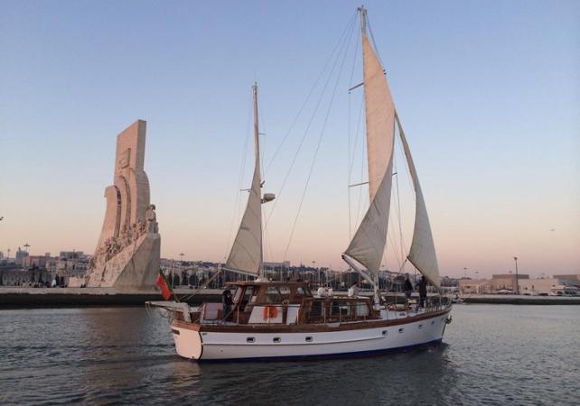 Croisière privée en voilier - deux heures - Lisbonne -