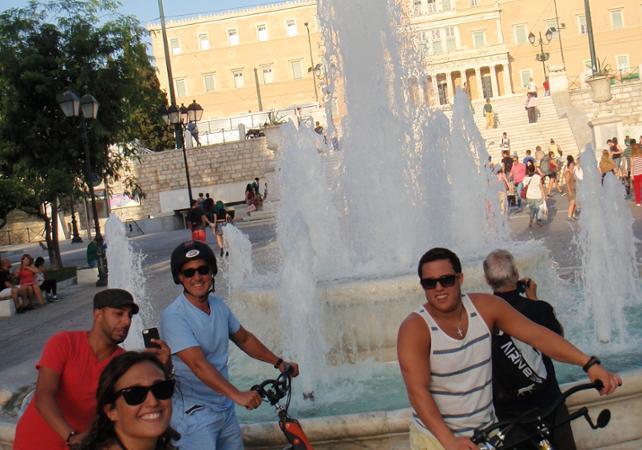 Photo Visite guidée en trikke du centre historique d'Athènes