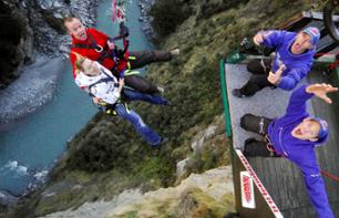 Extreme Bungee Jump: dive into the abyss from the summit of Shotover Canyon