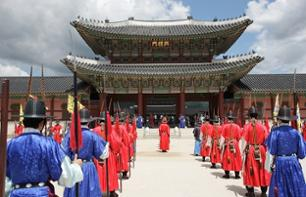 Guided visit of Gyeongbokgung Palace and Jogyesa Temple
