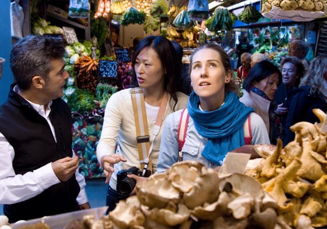 Photo Visite guidée des épiceries de Malaga et cours de cuisine autour des tapas