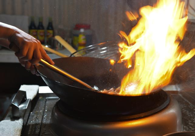 Ateliers de cuisine chinoise atelier de cuisine for Cuisinier wok