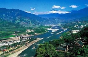 Guided Tour of Dujiangyan and Mount Qingcheng – Private tour