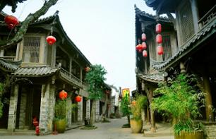 Private Excursion to the Historic Town of Huanglongxi – Tour by minibus and on foot