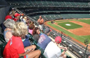 Guided Visit to the Oracle Park Stadium (Baseball) - San Francisco