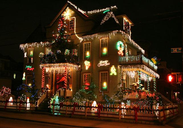 Brooklyn Queens Tours Discover Christmas Lights In