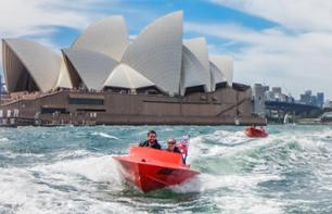Guided speedboat drive guide on Sydney's bay