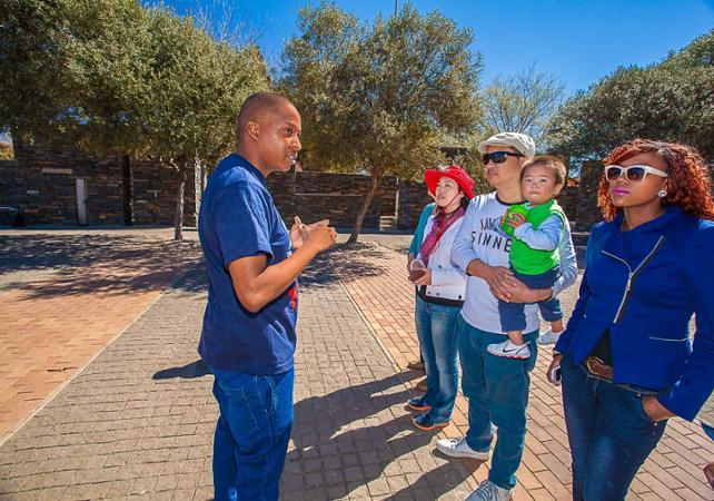 Photo Visite guidée du Township de Soweto en minibus et à pied