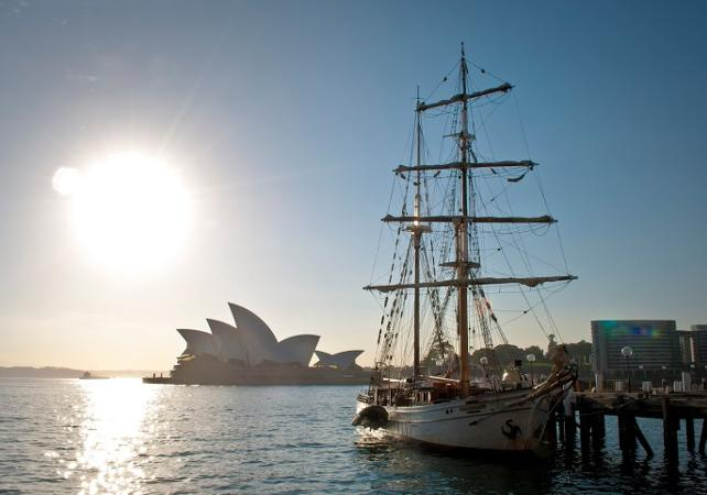 Croisière sur un voilier de 1850 dans la baie de Sydney image 7