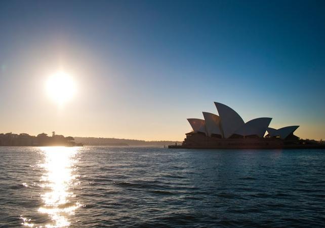 Dîner-croisière sur un voilier de 1850 dans la baie de Sydney - Au coucher du soleil image 9