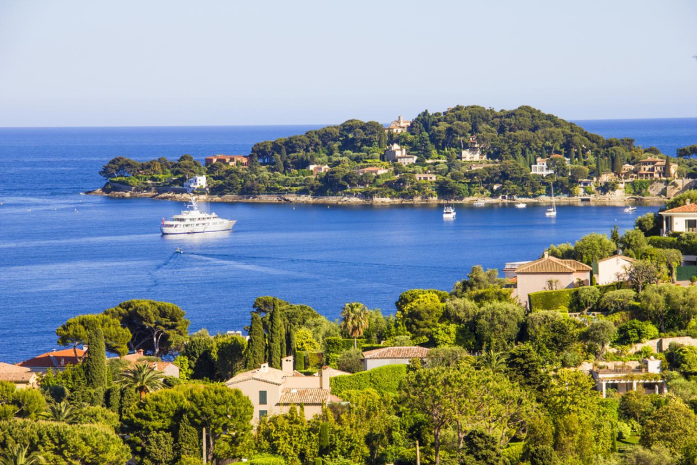Salir de la ciudad,Excursión a Cannes,Excursión a Antibes