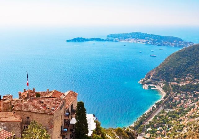 Salir de la ciudad,Excursions,Excursión a Antibes,Excursion to Antibes,Excursión a Mónaco,Excursion to Mónaco,Excursión a Cannes,Excursion to Cannes