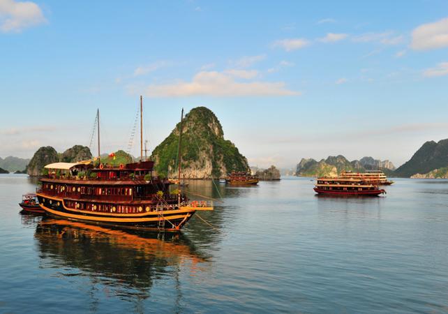 Ha Long Bay Cruise 2 Day Romantic Cruise In Halong Bay