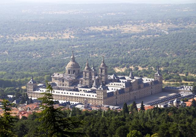 Visite du monastère de l'Escurial et de la Vallée des Morts en matinée - Madrid - Ceetiz