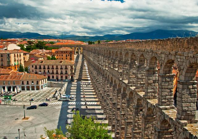 madrid guided tour of Ávila and segovia lunch optional