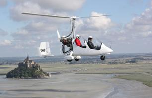 Flight over Mont Saint-Michel Bay on Ultralight Trike or Autogyro – 30 mins