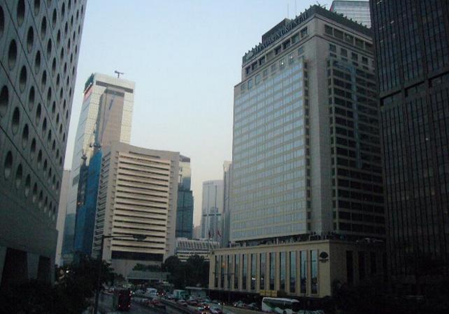 Tours pied tour guid du hong kong historique et moderne - Farbiges modernes appartement hong kong ...
