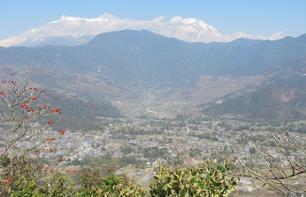 Hike in Pokhara - Guided walking and minibus tour