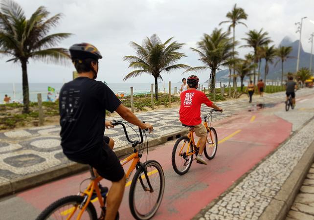 Promenade guidée à vélo et à pied : bord de mer de Rio & Jardins Botaniques