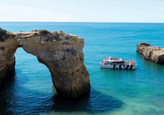 Croisière sur la côte de l'Algarve et découverte des grottes marines - Albufeira - Albufeira - Ceetiz