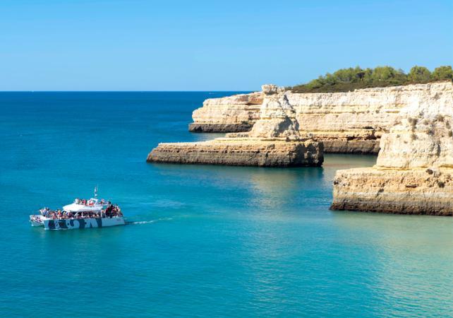 Barbecue sur la plage et croisière en catamaran - Albufeira - Albufeira - Ceetiz