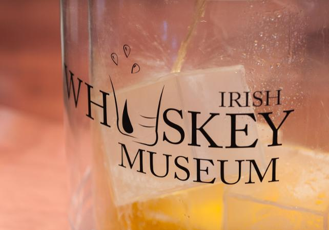 Visite guidée du musée du Whisky irlandais à Dublin image 9