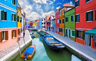 Visit a glass blowing workshop in Murano and a lace workshop in Burano - In English