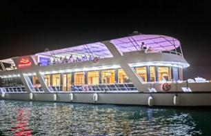 Yacht Dinner Cruise in Dubai